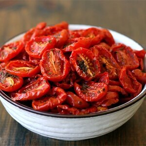 How to dry cut tomato slices