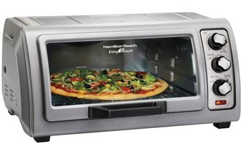 Hamilton Beach Toaster Oven Easy Reach 31127D.