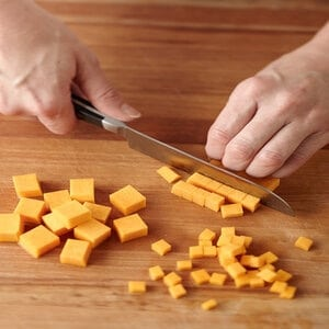 Using a Paring Knife for Slicing and Mincing.