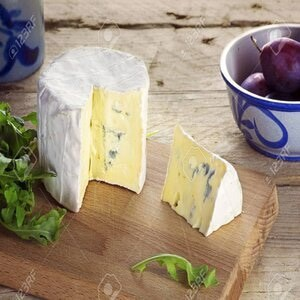 How to cut Soft wedge cheese