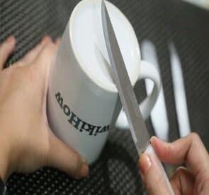 Sharpen Knives Using a ceramic mug